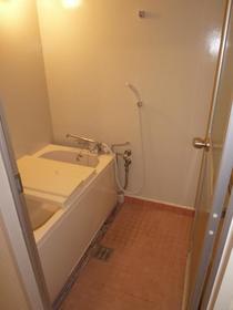 第1ニューライフ山下B棟 104号室の風呂