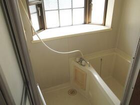 フラワーハイツ 101号室の風呂