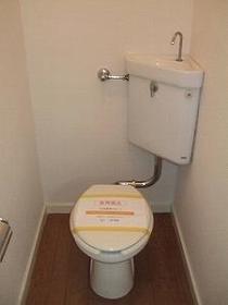 はづきコーポ A-2号室のトイレ