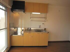 ポプラヶ丘コープ8号棟 405号室のキッチン