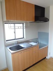シャーメゾンC棟 101号室のキッチン