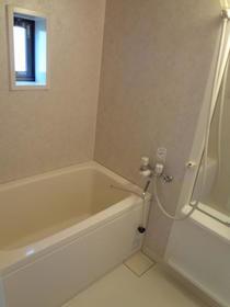 シャーメゾンC棟 101号室の風呂