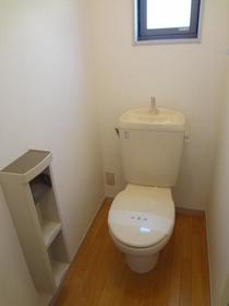 シャーメゾンC棟 101号室のトイレ