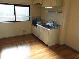 コーポ原ノ木C 205号室のキッチン