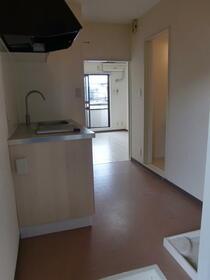 高峰コーポ 207号室のキッチン