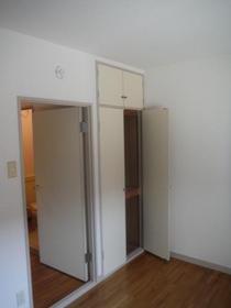 ベルアベニュー南林間 202号室の収納