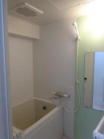 ジャストラックS 二番館 205号室の風呂