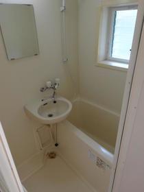 ベルツリー中央林間 105号室の風呂