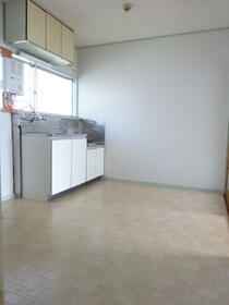 佐藤荘 202号室のキッチン
