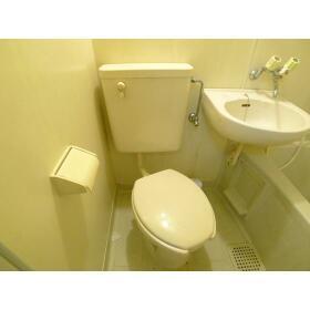 山口ビル 303号室のトイレ
