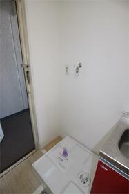 フラットシティ 4-B号室の洗面所