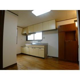 ジュネス鶴間A 102号室のキッチン
