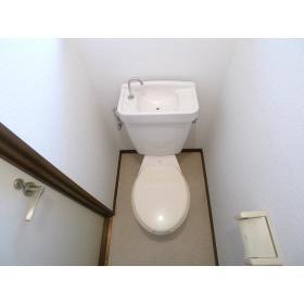 ジュネス鶴間A 102号室のトイレ