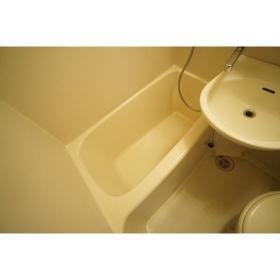 ララ南林間 204号室の風呂