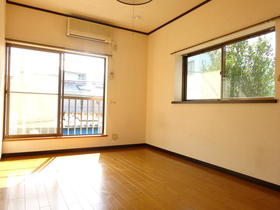 サンスフラット C号室の居室