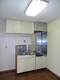旭マンション 203号室のキッチン
