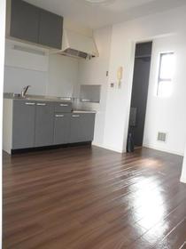 VILLA 8 202号室のキッチン