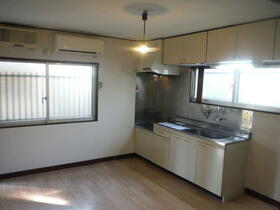 観月荘 101号室のキッチン