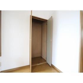 フェアリーハウス 201号室の収納