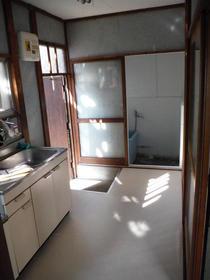 愛美荘 C号室のキッチン