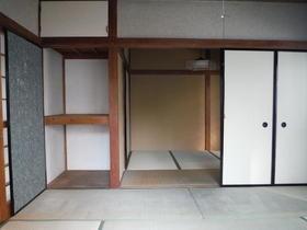 愛美荘 C号室の収納