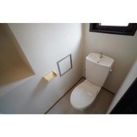 ファインズビル南林間 301号室のトイレ