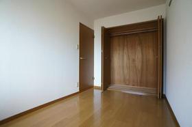 アビンズ相模大野 204号室のベッドルーム