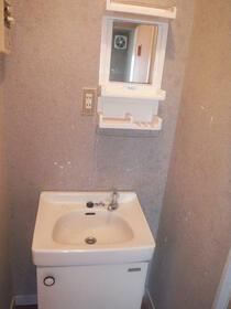 中芳ハイツ 201号室の洗面所