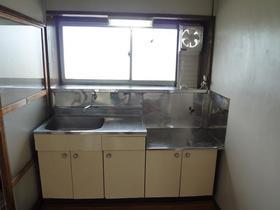 仲戸川貸家のキッチン