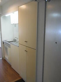 ジョイフル南林間第2 0102号室のキッチン
