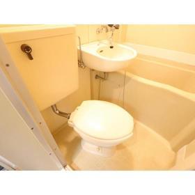 マリカ2 204号室のトイレ