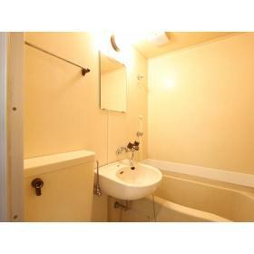 マリカ2 204号室の洗面所