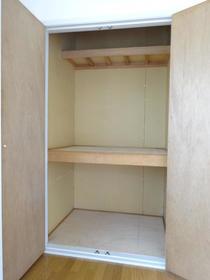 アルカディアドリームB棟 103号室の収納