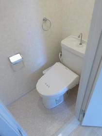 アルカディアドリームB棟 103号室のトイレ