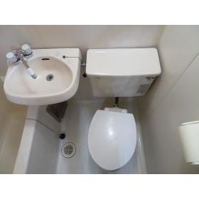 ディアコート町田 0102号室のトイレ