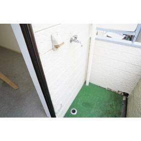 レオパレス南林間第3 202号室のバルコニー