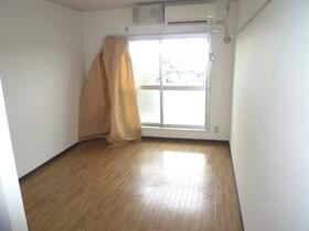 第1ニューライフ山下B棟 304号室のその他