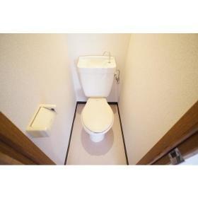 ヴィラ1 201号室のトイレ