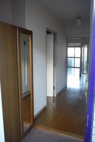 荻窪ハイツ 205号室の玄関
