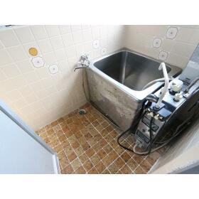 メゾンオータニ 5号室の風呂