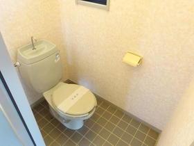 サンガーデン南町田B棟 201号室のトイレ