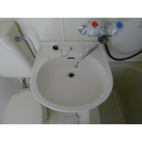 TAP高座 202号室の洗面所