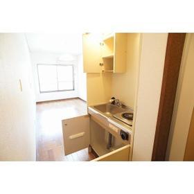クレドール旭 202号室のキッチン