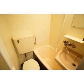 クレドール旭 202号室の風呂