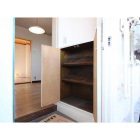 サンハイツ須永 302号室の収納