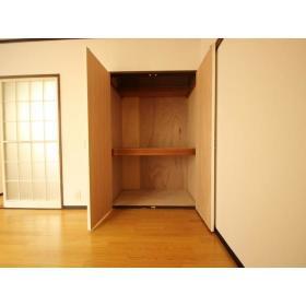 クレール志村 102号室の収納