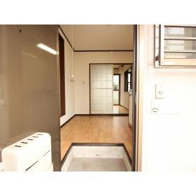 クレール志村 102号室の玄関