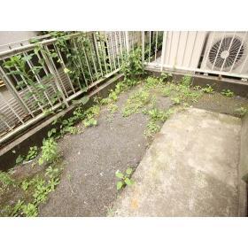 クレール志村 102号室の庭