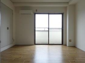 フランバン壱参 301号室のリビング