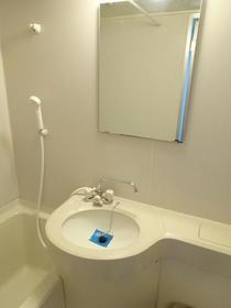 フランバン壱参 301号室の洗面所